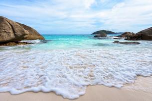 Summer beach in Thailandの写真素材 [FYI00793500]