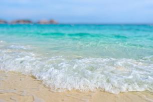 Tilt-Shift blur beach in summer of Thailandの写真素材 [FYI00793510]