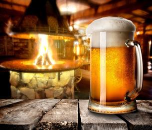 Foamy beerの写真素材 [FYI00793788]