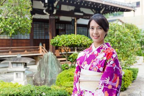 Japanese woman in gadrenの写真素材 [FYI00794483]