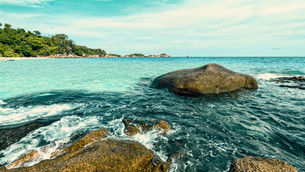 Vintage style summer sea in Thailandの写真素材 [FYI00794811]