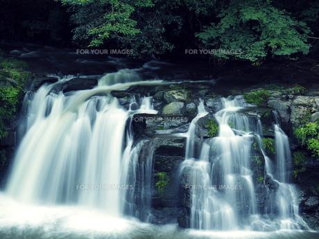 滝の写真素材 [FYI00795040]
