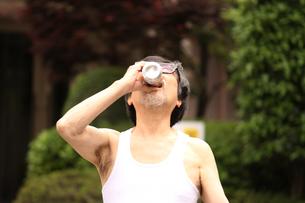 ビールが美味しい季節♪の写真素材 [FYI00795574]