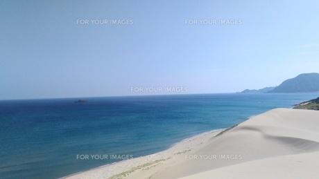 青い海と白い砂の写真素材 [FYI00796138]