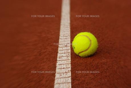 tennis court - lensbabyの写真素材 [FYI00797375]