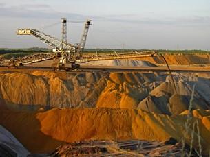 reclamation of lignite miningの写真素材 [FYI00798510]
