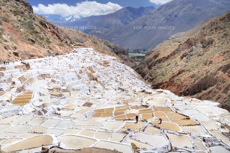 salt terracesの写真素材 [FYI00798847]