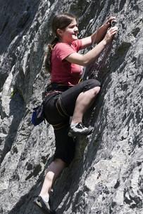 climbing rocksの写真素材 [FYI00799054]