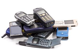 old mobile phones 260410-1の写真素材 [FYI00799150]