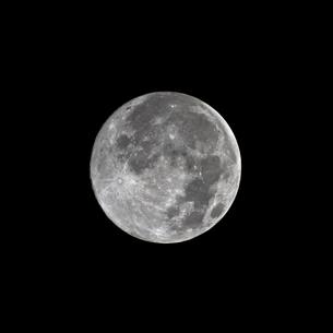 full moonの写真素材 [FYI00799573]