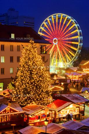 magdeburg weihnachtsmarkt - magdeburg christmas market 04の写真素材 [FYI00799818]