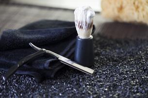 shaving and razorsの写真素材 [FYI00803228]