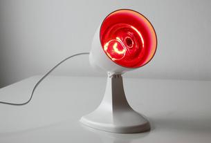 rotlichtlampeの写真素材 [FYI00806509]
