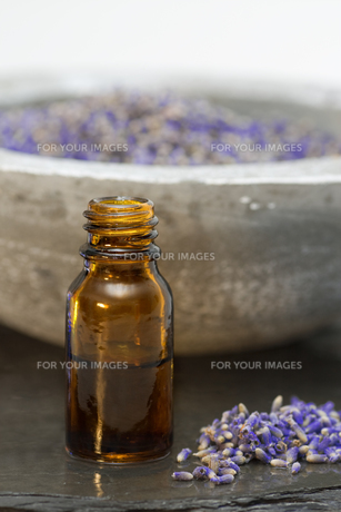 wellness care product lavenderの写真素材 [FYI00806925]