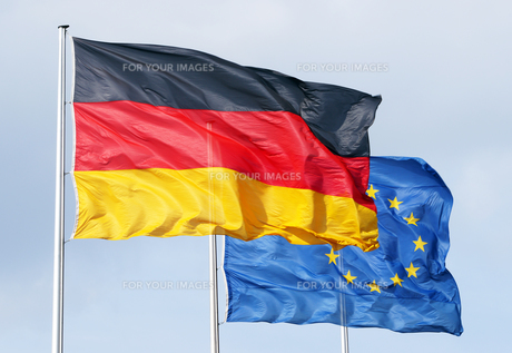 flags of germany and europeの写真素材 [FYI00807181]