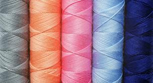 thread - thread - farben - coloursの写真素材 [FYI00807298]
