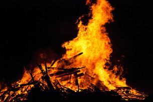fire and flameの写真素材 [FYI00808895]