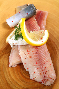 smoked trout with creamed horseradishの写真素材 [FYI00808973]