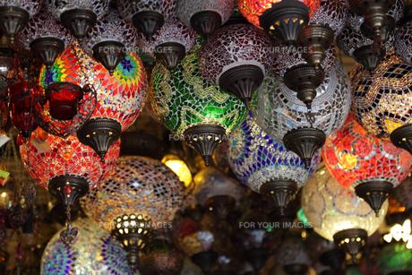 lantern shop in istanbul,turkeyの写真素材 [FYI00810636]