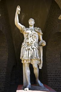 emblems_statuesの写真素材 [FYI00810779]