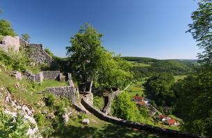 ruin in the danube valleyの写真素材 [FYI00813010]