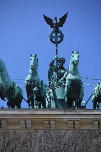 emblems_statuesの素材 [FYI00814280]