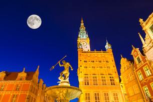neptune fountain,gdanskの写真素材 [FYI00814533]