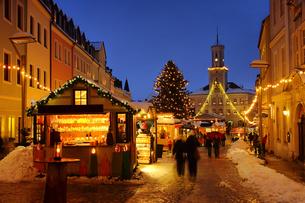 schneeberg christmas market - schneeberg hristmas market 01の写真素材 [FYI00816176]