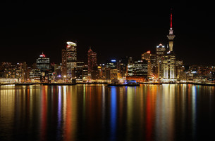 auckland,skyline,nightの写真素材 [FYI00816199]