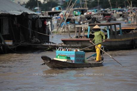 on the mekongの写真素材 [FYI00816254]