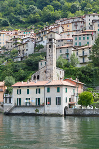 the picturesque village careno on lake como,northern italyの写真素材 [FYI00816614]