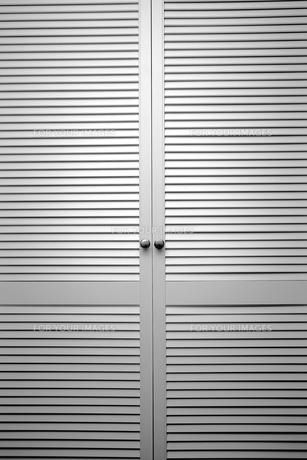 slat doorの写真素材 [FYI00817238]