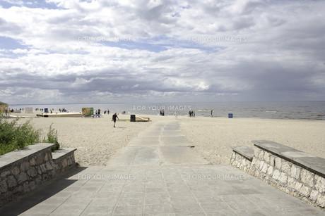 beach in jurmala,latvia,overlooking the baltic seaの素材 [FYI00818538]