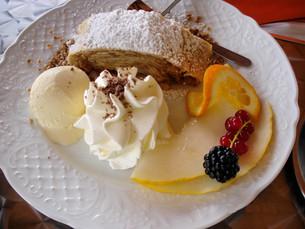 mouthwatering dessertの写真素材 [FYI00819881]
