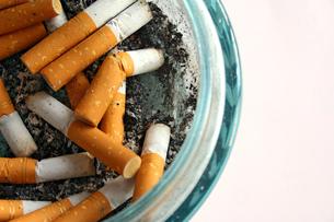 cigaretteの写真素材 [FYI00824874]