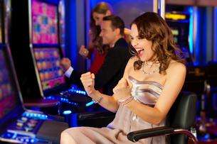 friends in casinoの写真素材 [FYI00827419]