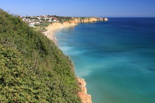 cliffs of algarveの写真素材 [FYI00828224]