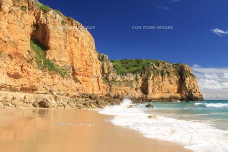 cliffs of algarveの写真素材 [FYI00828251]