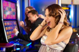 friends in casinoの写真素材 [FYI00829292]