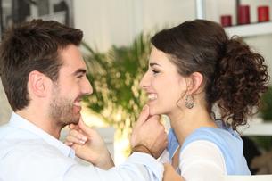 couples_loveの写真素材 [FYI00830004]