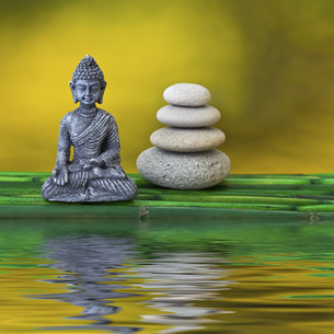buddha and stone towerの写真素材 [FYI00830925]