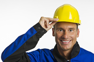 construction worker with head protectionの素材 [FYI00831927]