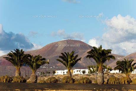 montana baja,playa blanca,lanzarote,spainの写真素材 [FYI00833027]