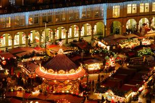 dresden christmas market - dresden christmas market 22の写真素材 [FYI00833031]
