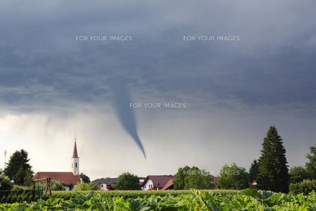 tornadoの写真素材 [FYI00833180]