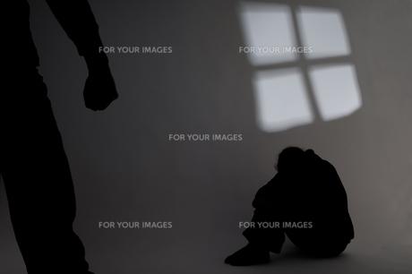 domestic violenceの素材 [FYI00835530]