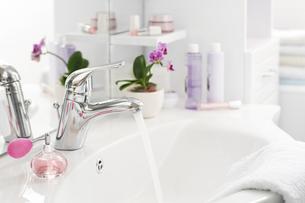 bathroomの写真素材 [FYI00836272]