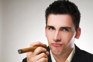 cigarの写真素材 [FYI00836341]