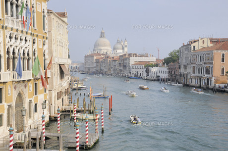 grand canal in veniceの写真素材 [FYI00838188]