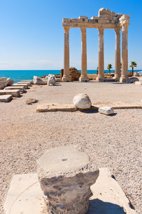 temple of apollo in side,turkish rivieraの写真素材 [FYI00838410]